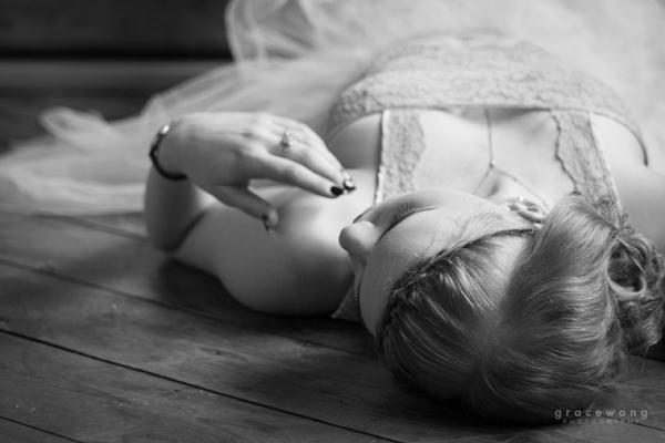 Ballerina black and white